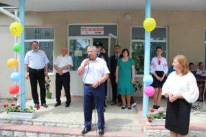 """Inaugurarea bucătăriei și trei grupe sanitare la gimnaziul """"Bunescu Dumitru"""" din satul Chetrosu"""