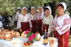 """A avut loc cea de a IV-a ediţie a Festivalului Obiceiurilor și Tradițiilor Pascale """"De Ispas la Nicoreni"""""""