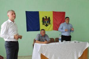 Ședinţă lucrativă în satul Popeştii de Jos, raionul Drochia