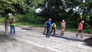 Lucrări de reparaţie a drumului