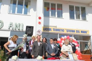 """Liceulteoretic """"Ștefan cel Mare"""" din or.Drochia a sărbătorit 30 de ani de existenţă ai acestei instituții"""