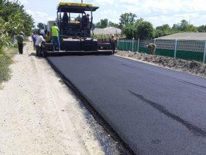 La Drochia se repară drumurile