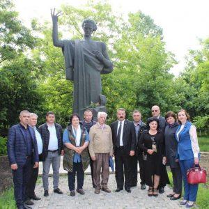 Astăzi, 15 iunie, se împlinesc 132 ani de la trecerea în eternitate a marelui poet național, Mihai Eminescu.